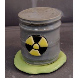 Toxic waste can incense burner